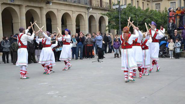 6tafalla_danzas