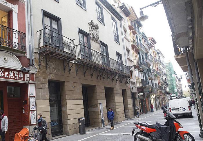 Palacio Redín y Cruzat